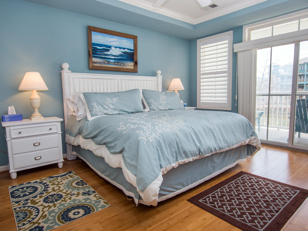 Sunset Island, 6 Fountain Drive East, 2C - Master Bedroom