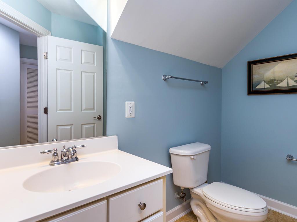 Sunset Island, 39 Island Edge Drive - First Level Bathroom