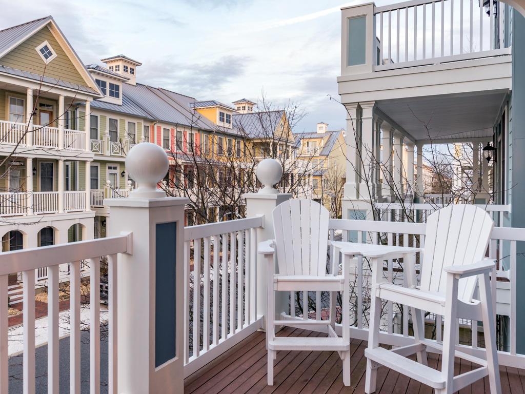 Sunset Island, 39 Sunset Island Drive - Balcony