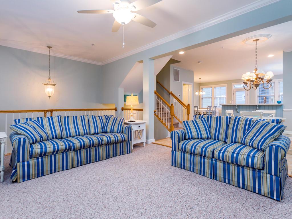 Sunset Island, 39 Sunset Island Drive - Living Room