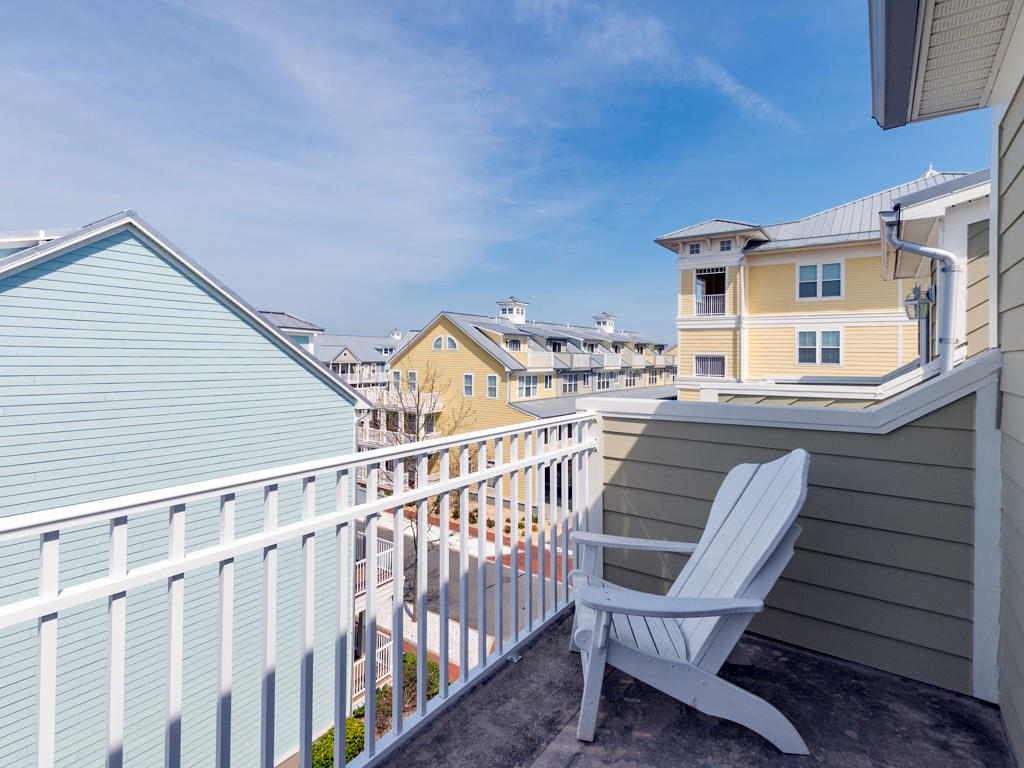 Sunset Island, 31 Fountain Drive West - Top Floor Balcony