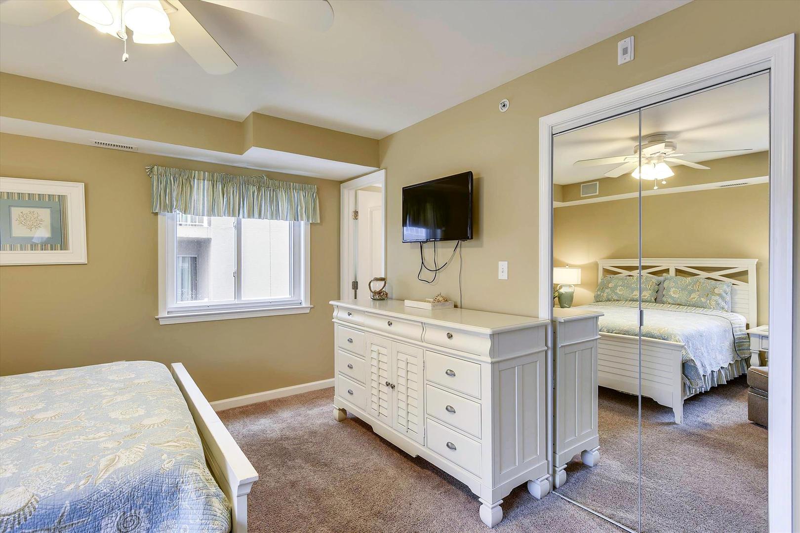 Ocean City Boardwalk Suites N2 - Bedroom 1