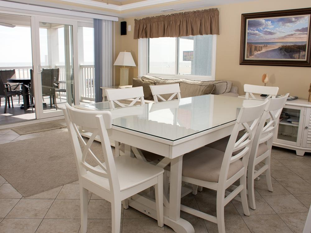 Ocean City Boardwalk Suites, S1 - Dining Area
