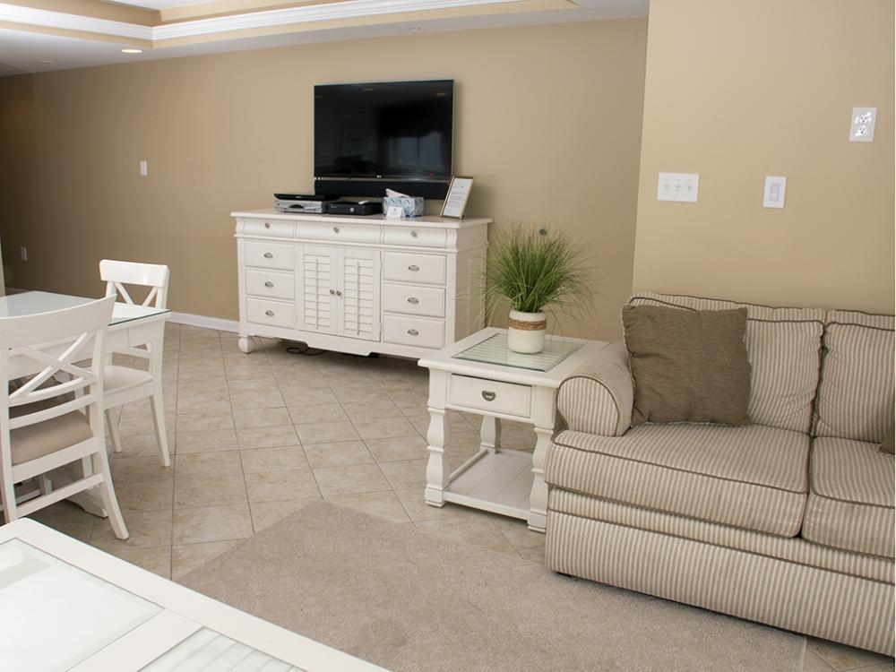 Ocean City Boardwalk Suites, S1 - Living Room Area