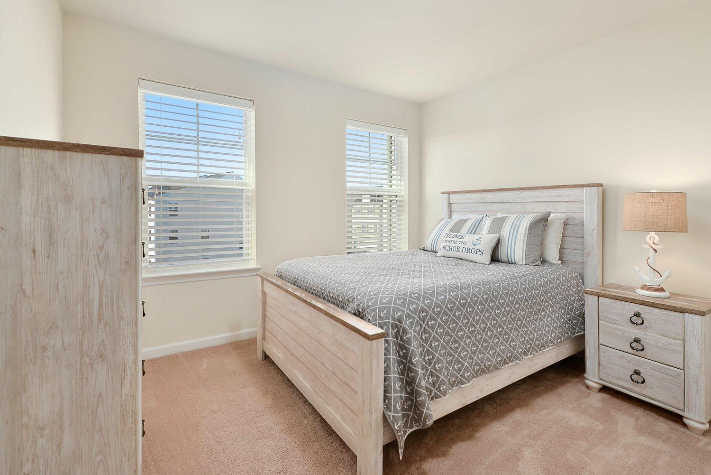 3rd Level Queen Bedroom