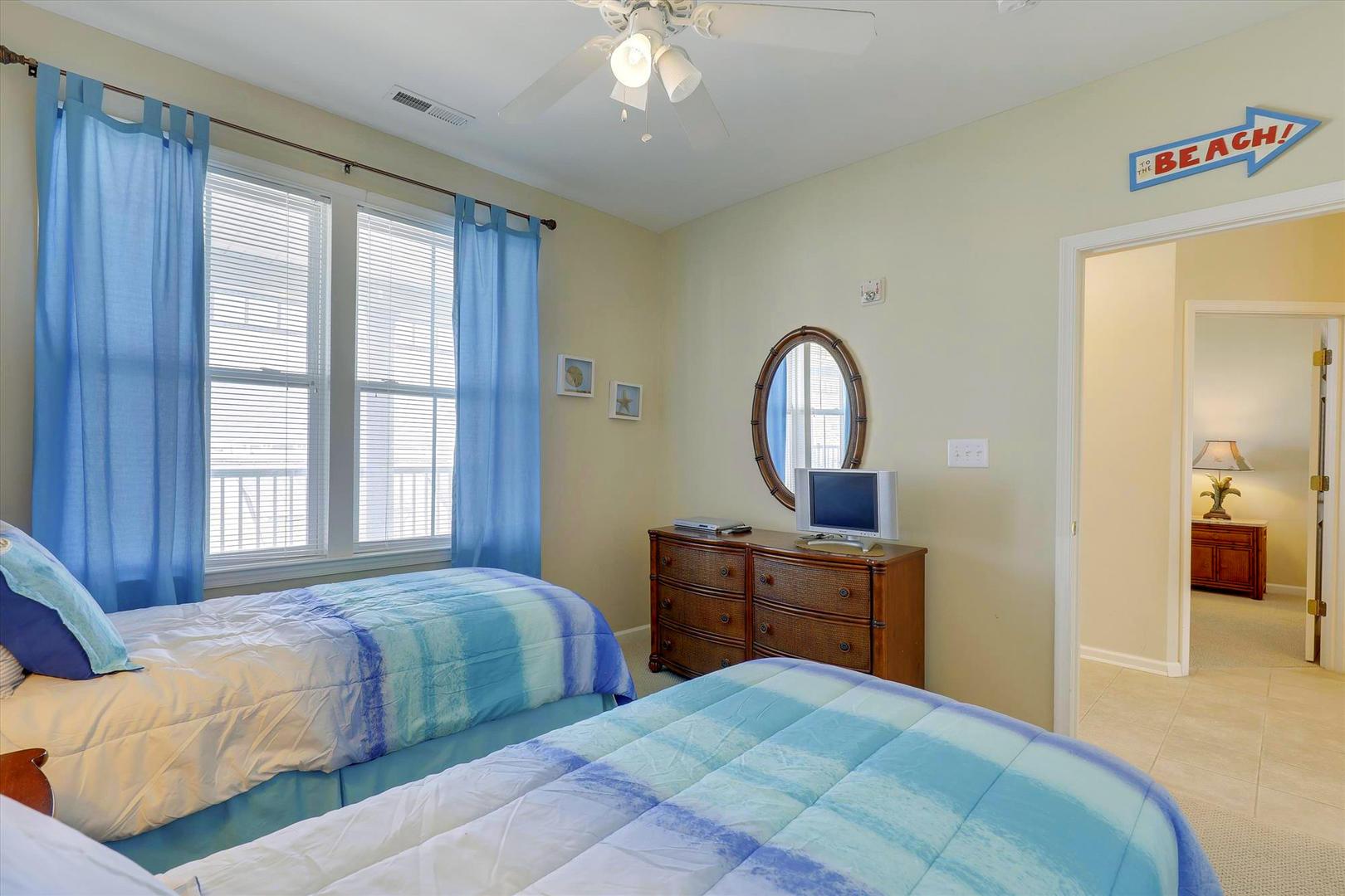 Sunset Island 37 FDW 5D - Bedroom 3