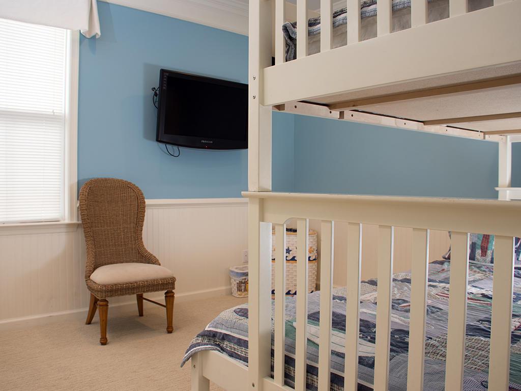 Sunset Island, 6 Sunset Island Drive, 4F - Third Bedroom
