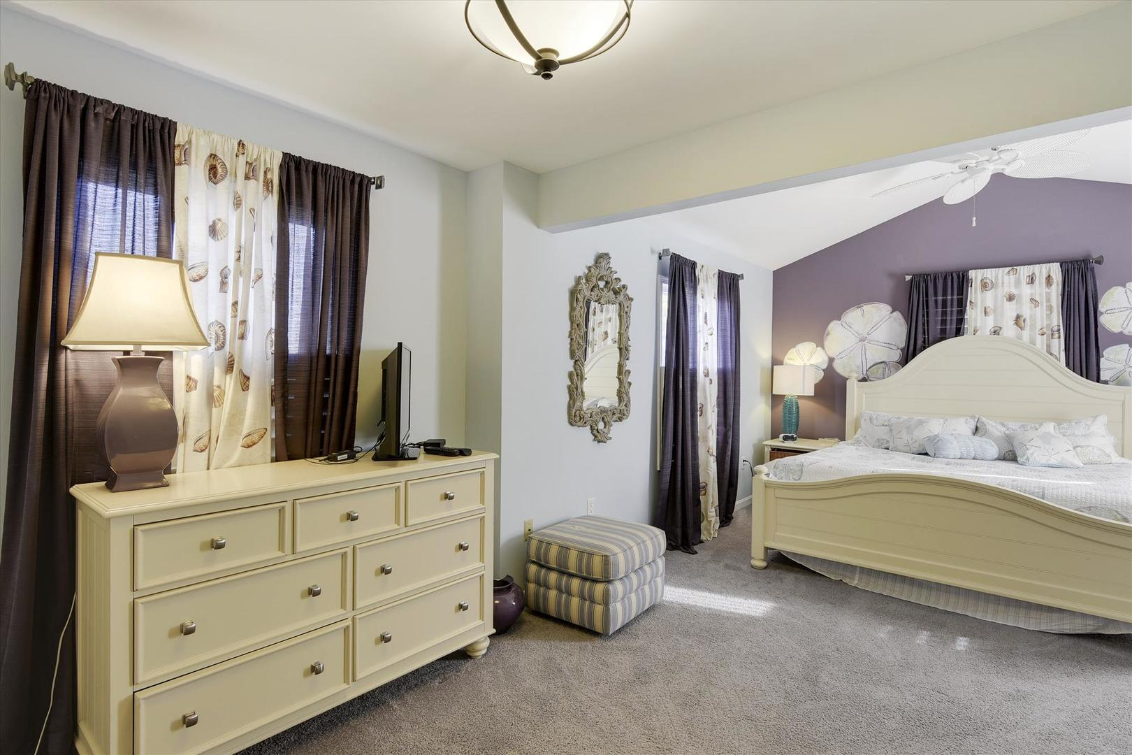 Honey Too - Master Bedroom