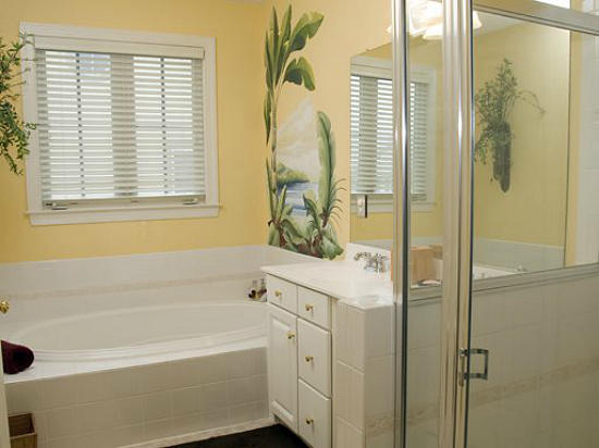 Sunset Island, 12 Beach Side Drive - Master Bathroom