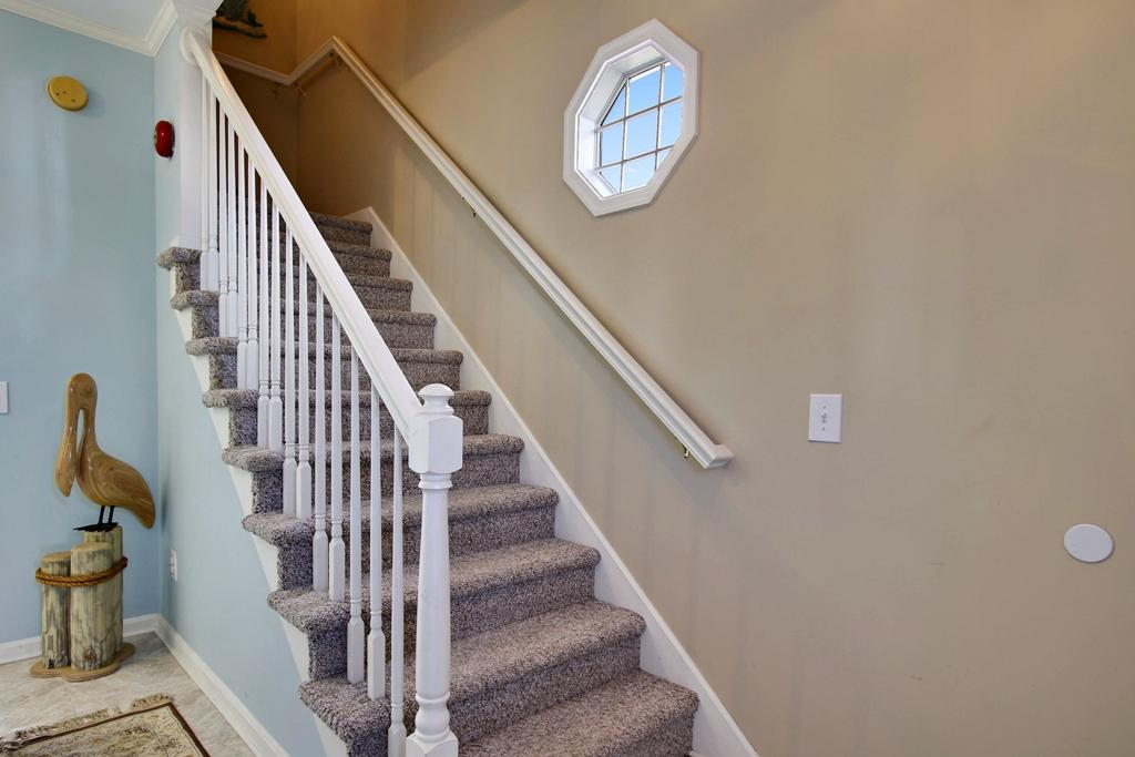 Townes of Nauntucket - Stairs second level
