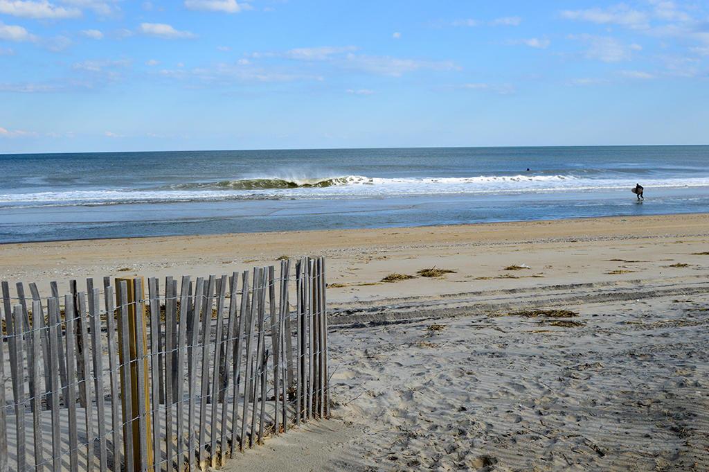 Sovereign Sea 406 - Beach Entrance