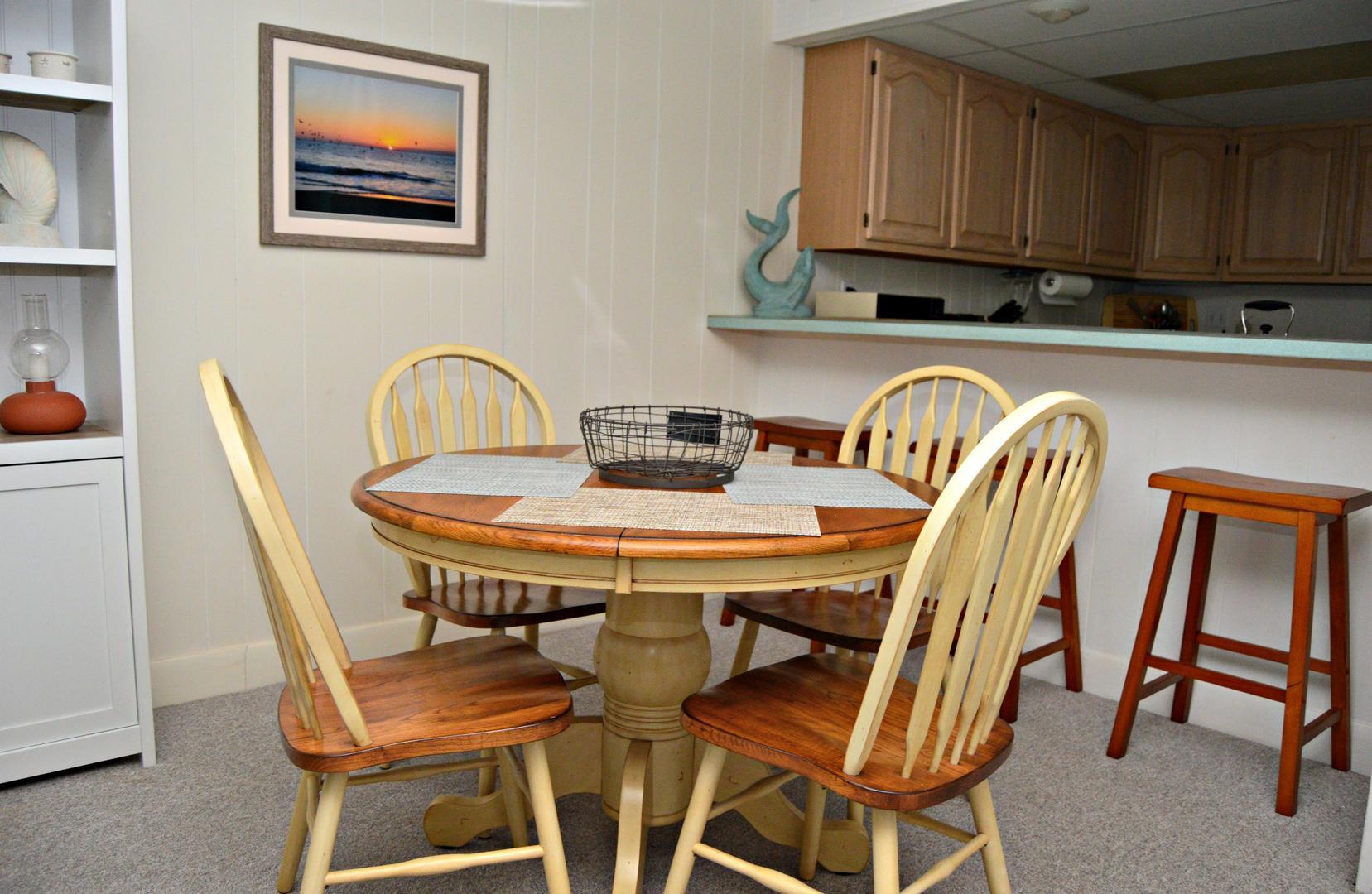 Boca Grande, 504 - Dining Area