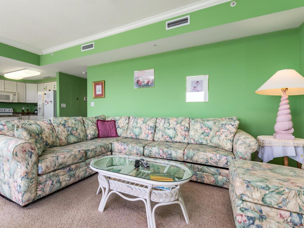 Lorelei, 404 - Living Room