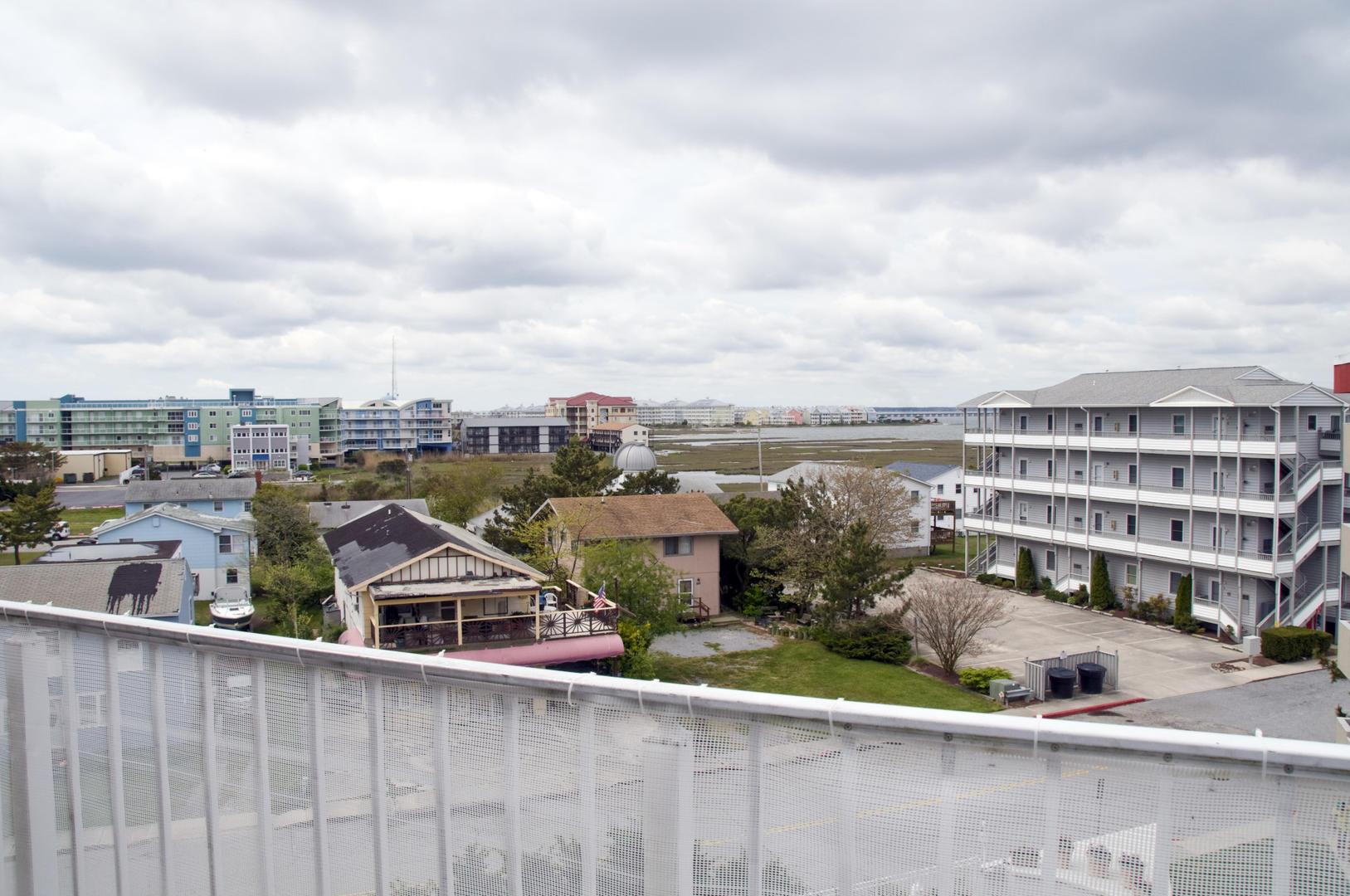 Tritons Trumpet 504C - Balcony View