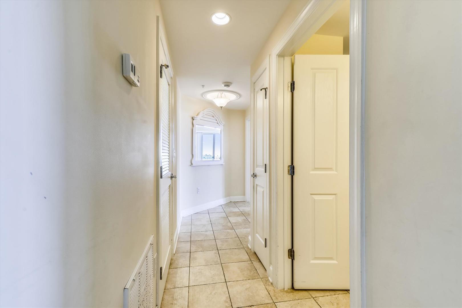 Belmont Towers 608 - Hallway