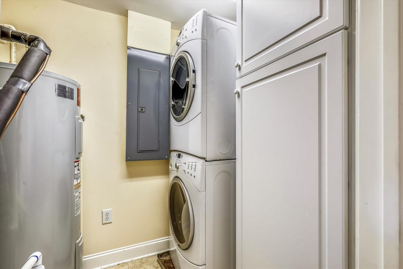 Belmont Towers 608 - Laundry Area