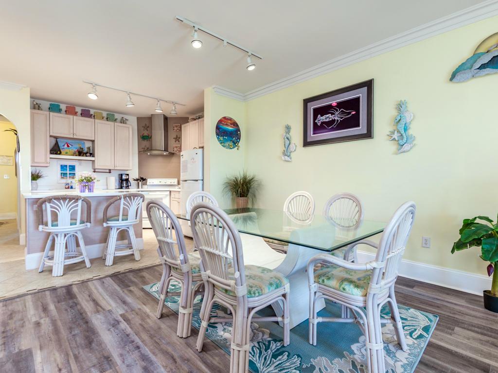 Maresol 205 - Dining Area