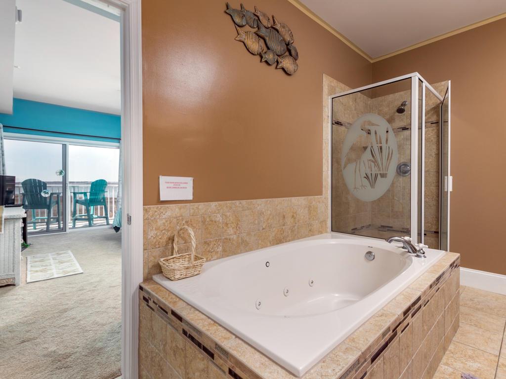 Maresol 205 - Master Bathroom