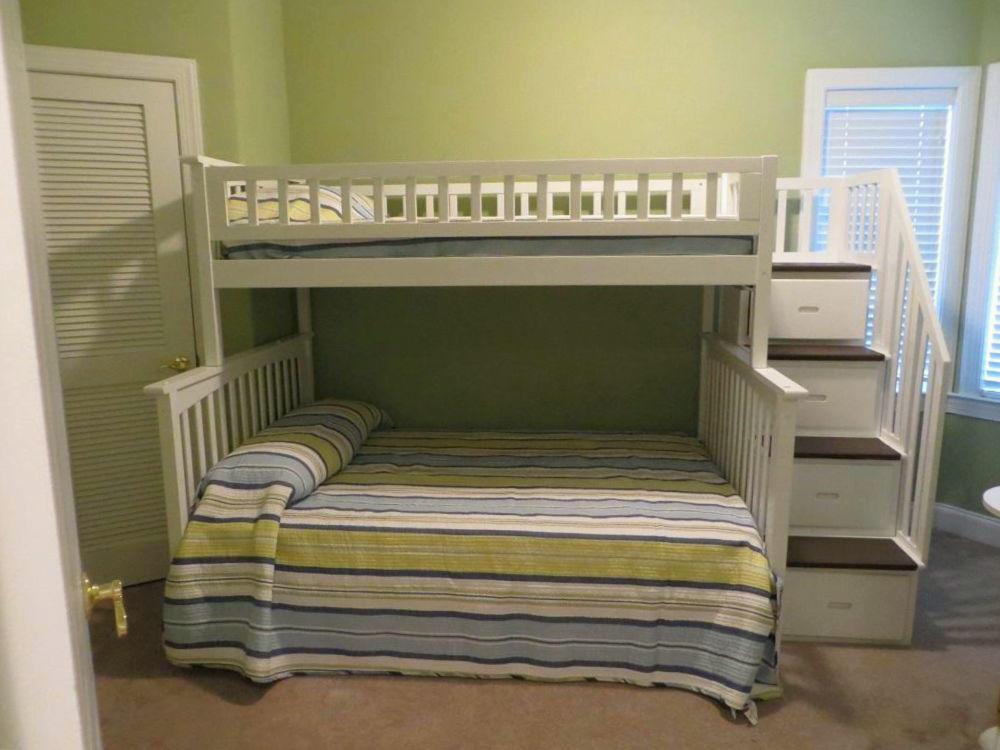 4100 Condos 302 - Bedroom 3
