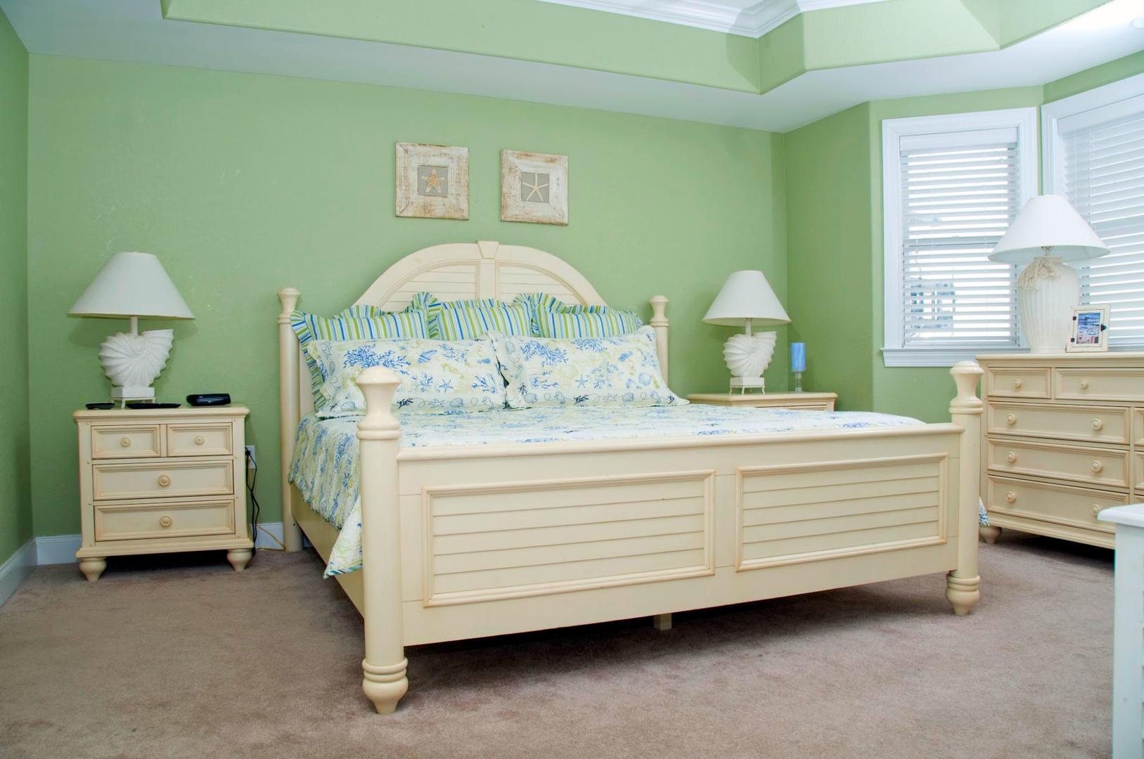 4100 Condos 302 - Master Bedroom