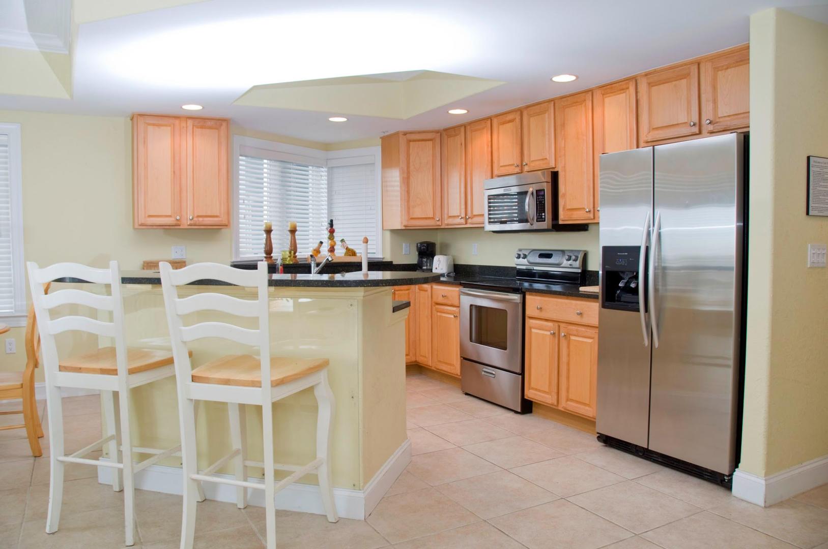 4100 Condos 302 - Kitchen