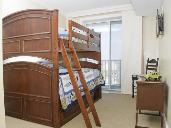 Belmont Towers 711 Bedroom 2