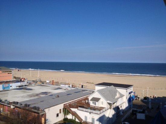 Belmont Towers 711 Ocean View