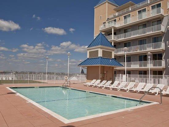 Belmont Towers Pool