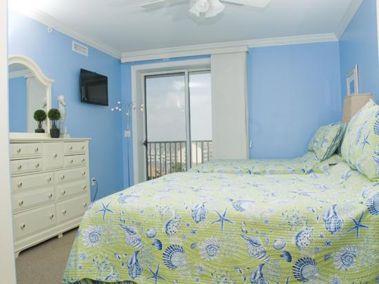 Belmont Towers 711 Master Bedroom