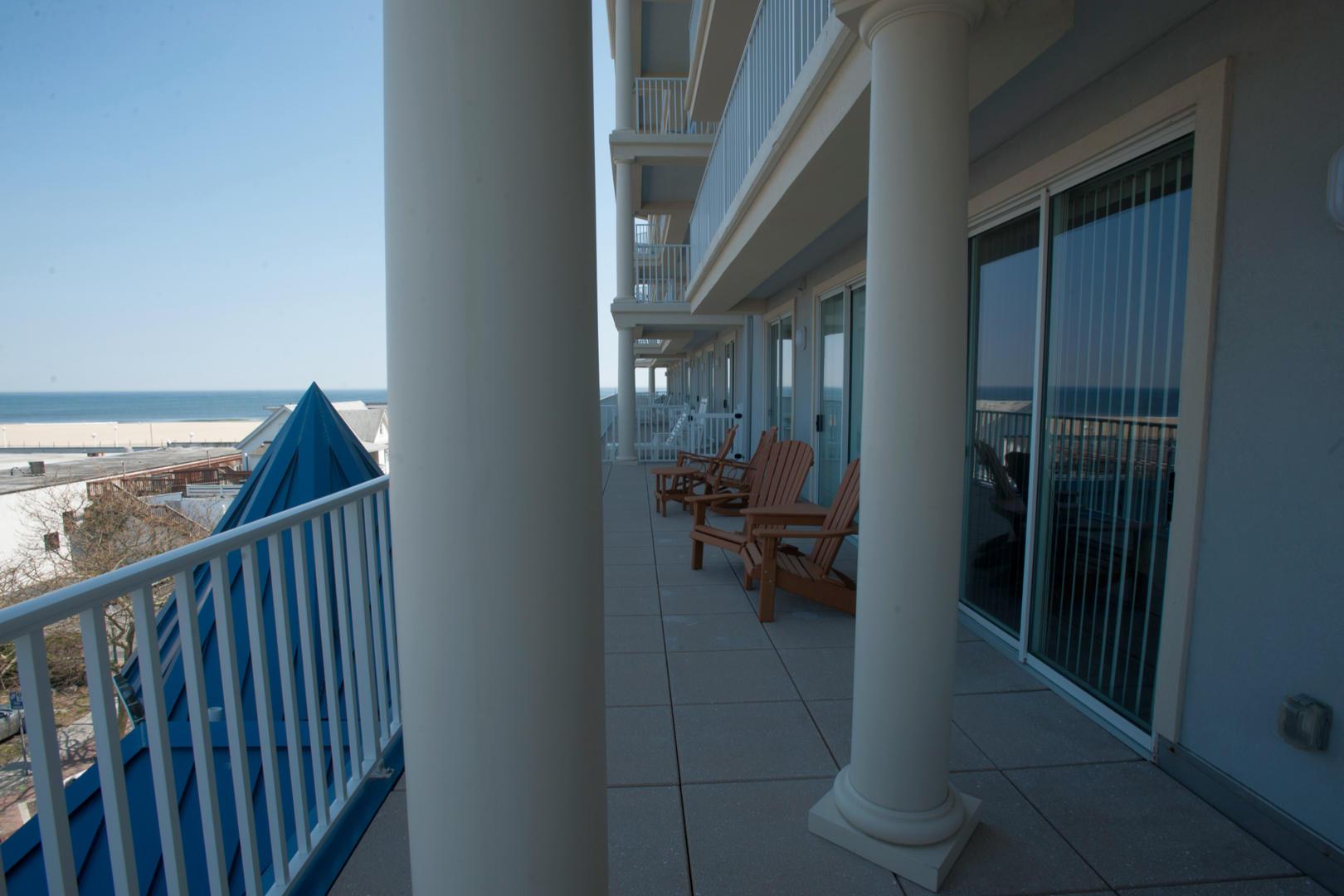 Belmont Towers 411 - Balcony