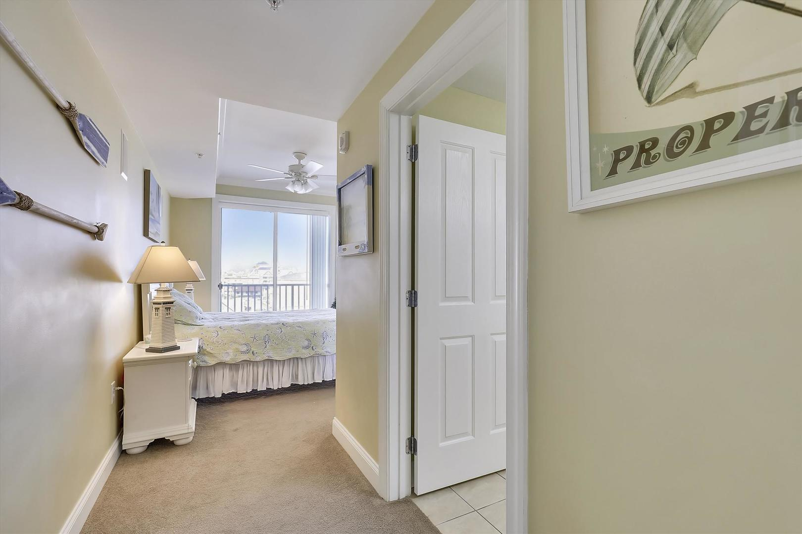 Belmont Towers 511 - Bedroom 2