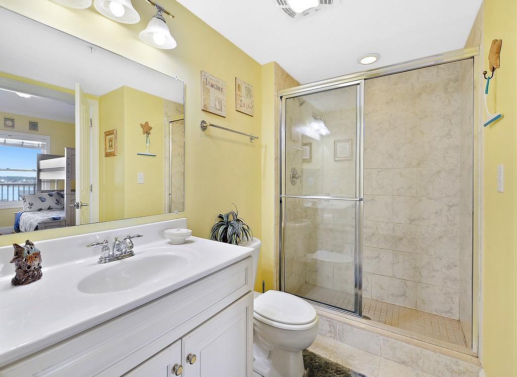 Belmont Towers, 804 - Third Bathroom