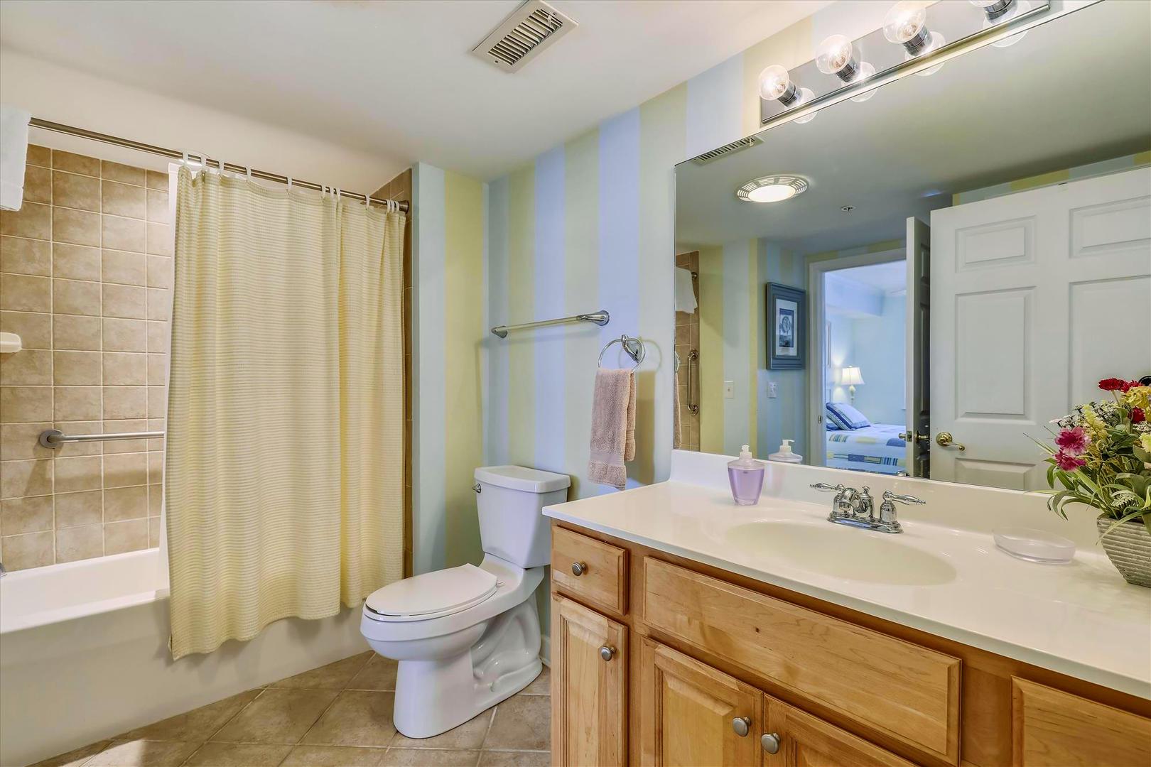 Bahia Vista I 208 - Bathroom 3