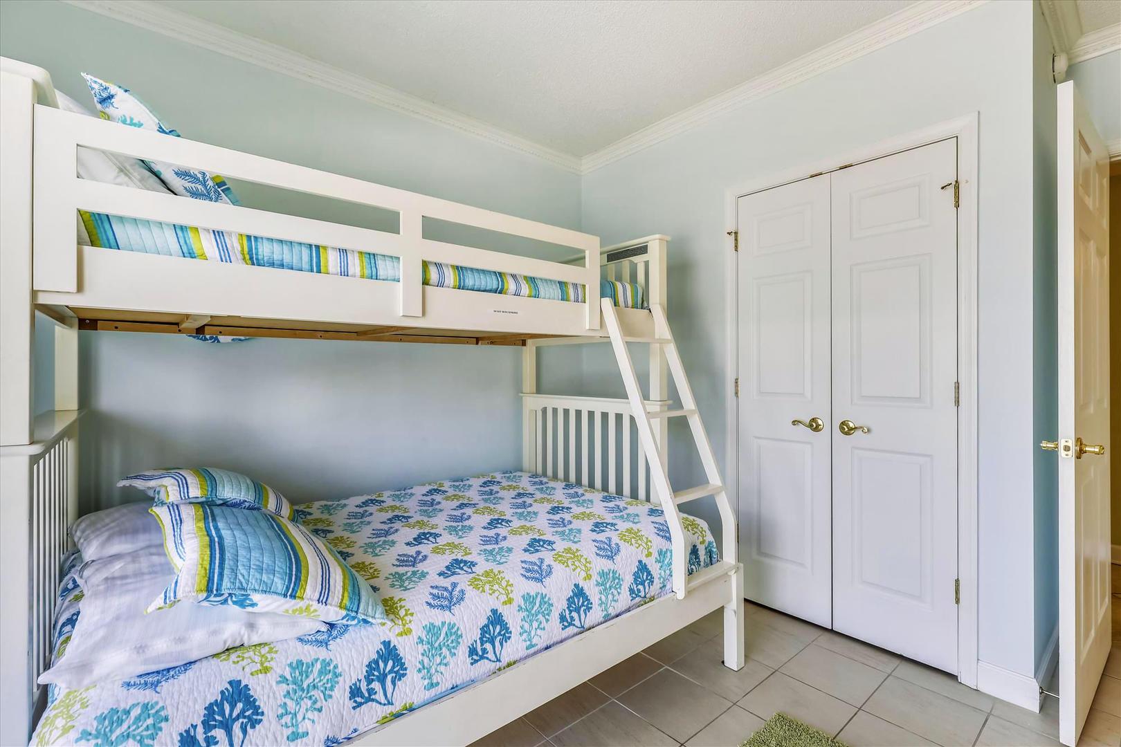 Bahia Vista I 208 - Bedroom 3