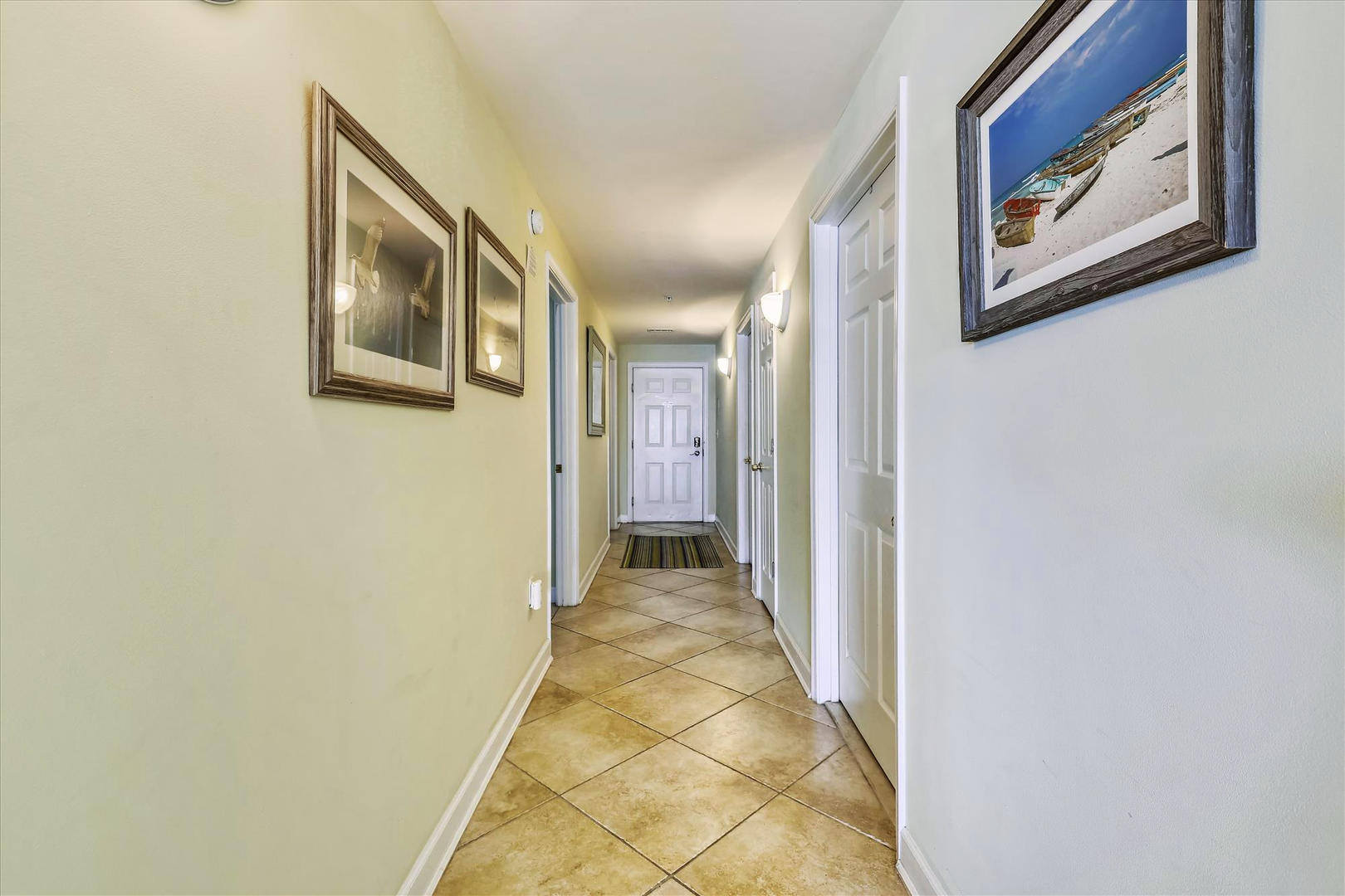 Bahia Vista I 208 - Hallway