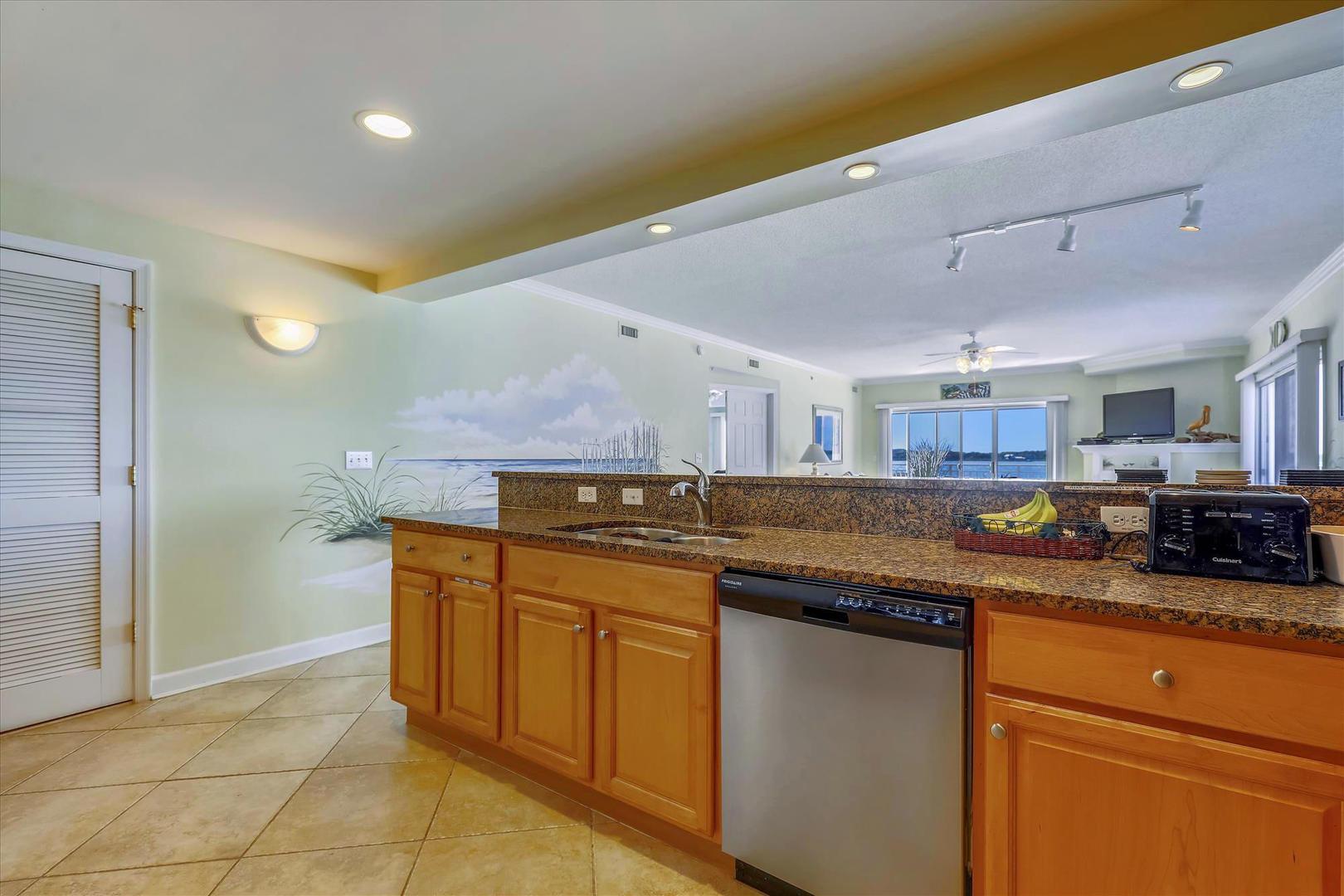 Bahia Vista I 208 - Kitchen