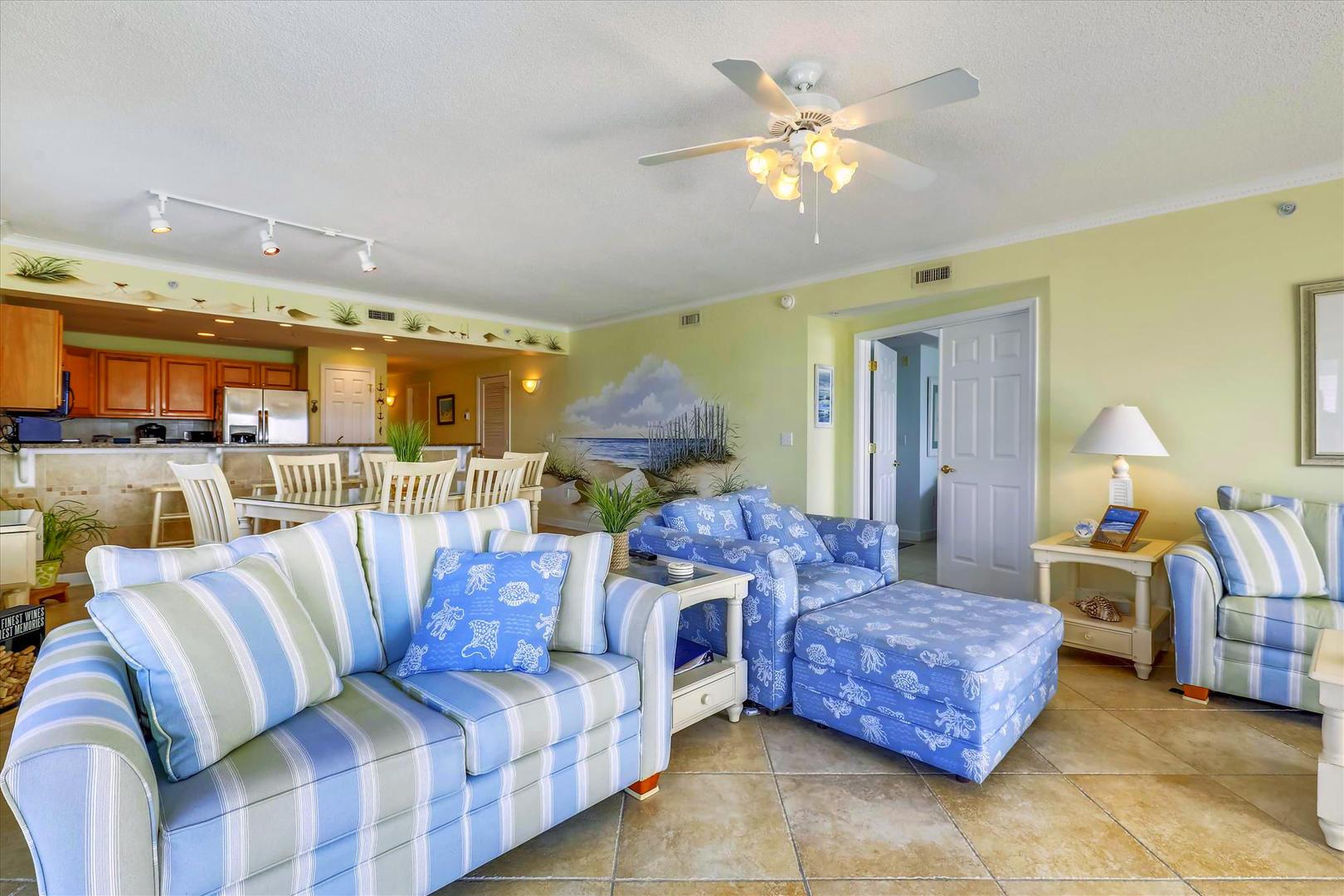 Bahia Vista I 208 - Living Room
