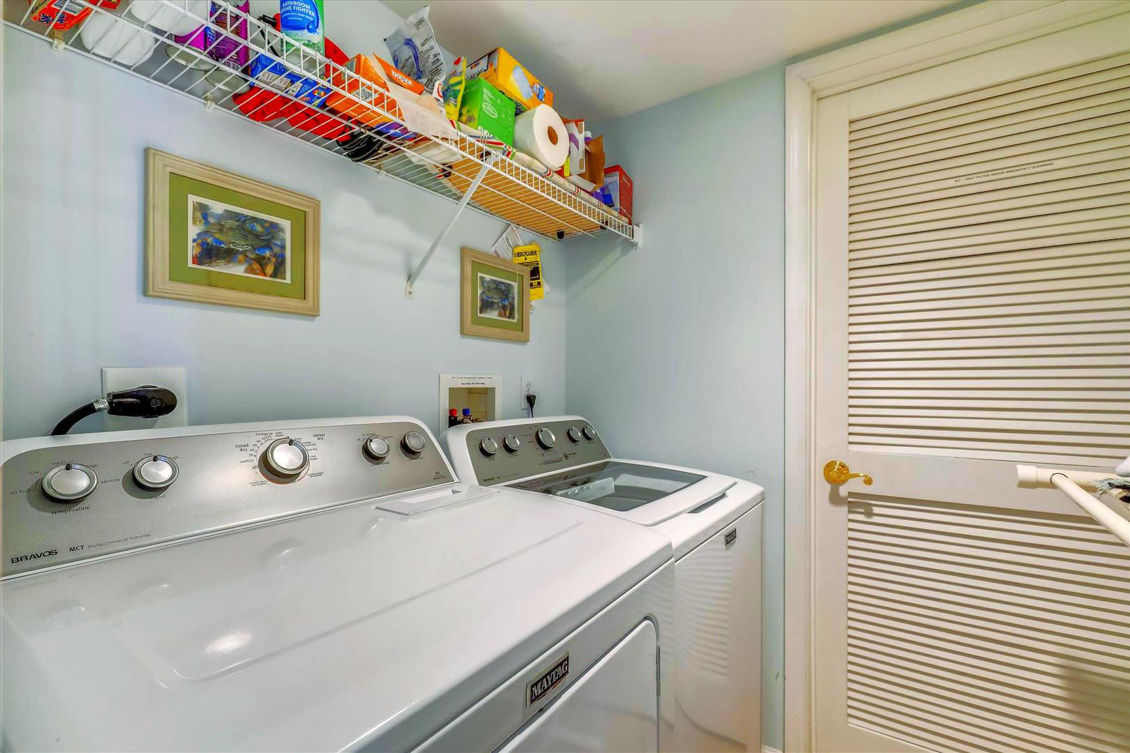 Bahia Vista I 208 - Laundry