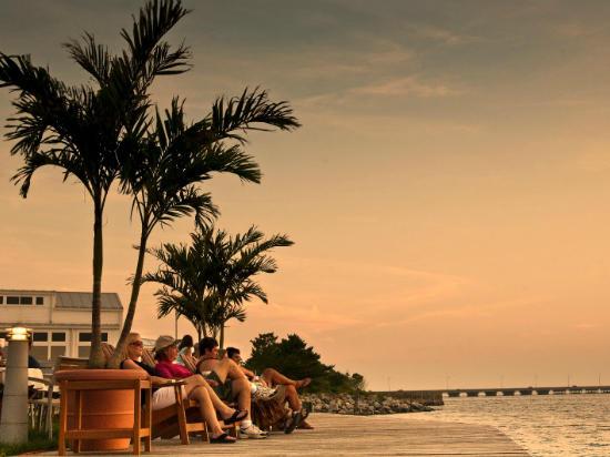 Sunset Island - Bayfront Boardwalk