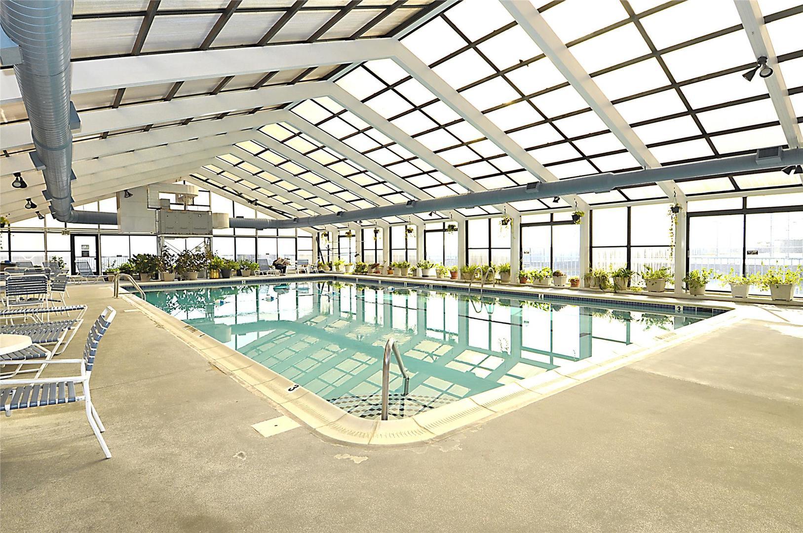 Capri - Indoor Pool