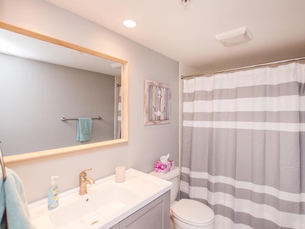 Oceana, II 605 - Second Bathroom