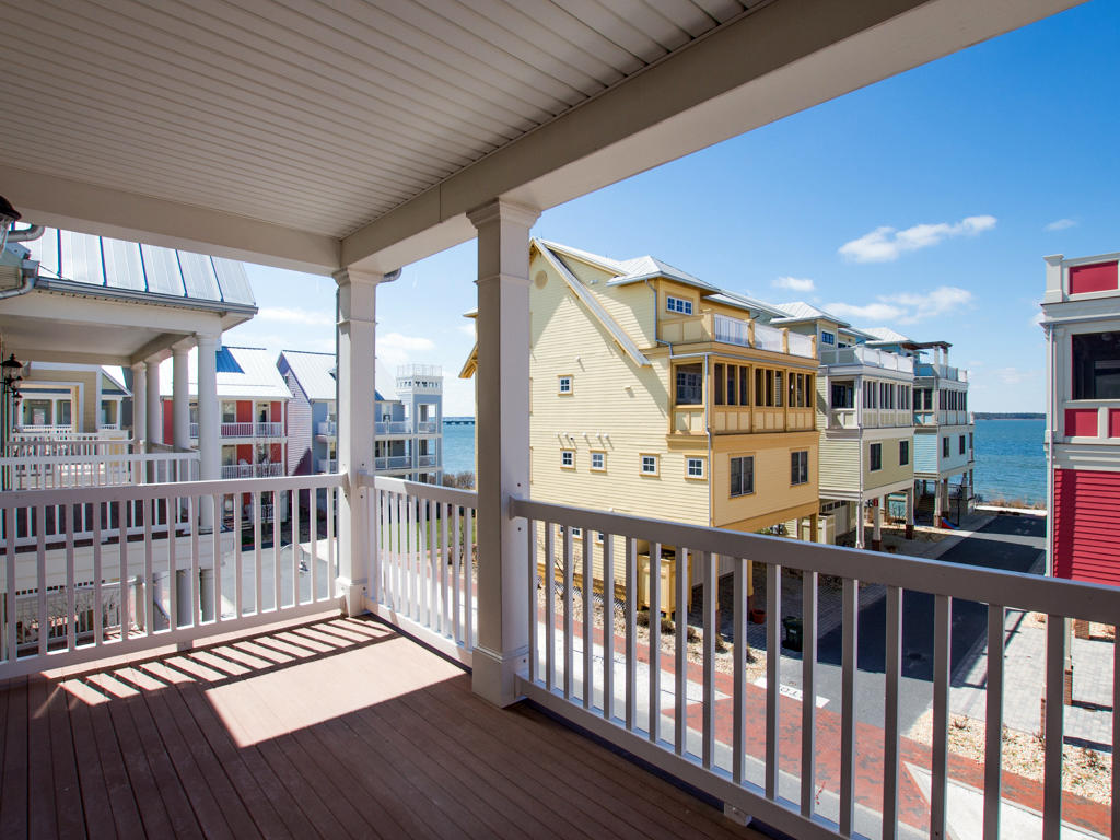 Sunset Island, 6 Shore Point Drive - Balcony
