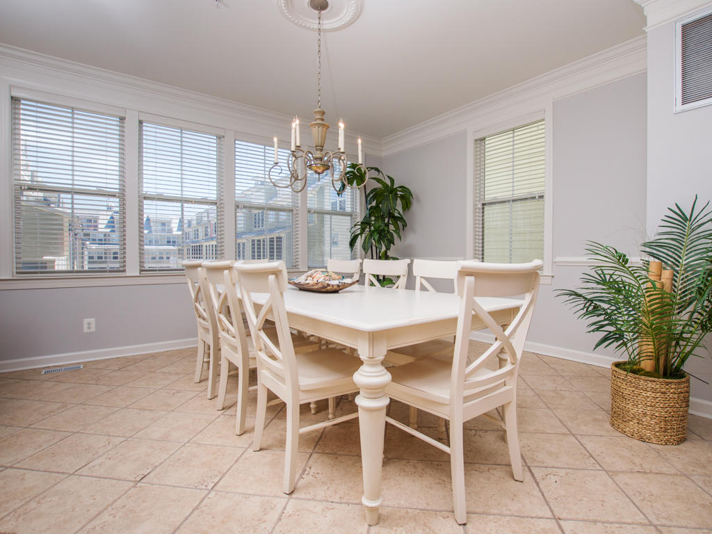 Sunset Island, 6 Shore Point Drive - Dining Area