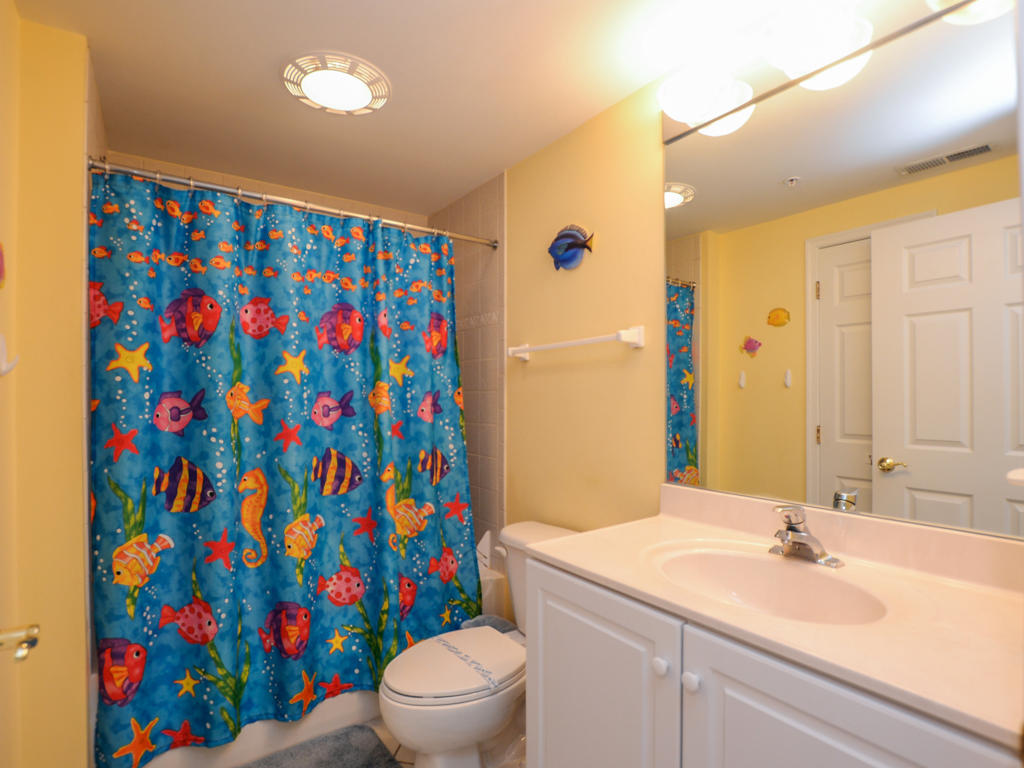 Island Cabana, 303 - Second Bathroom