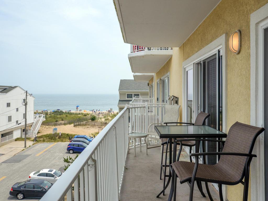 Island Cabana, 303 -Balcony