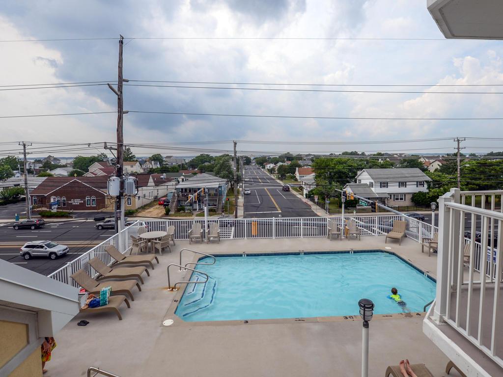 Island Cabana, 303 -Pool