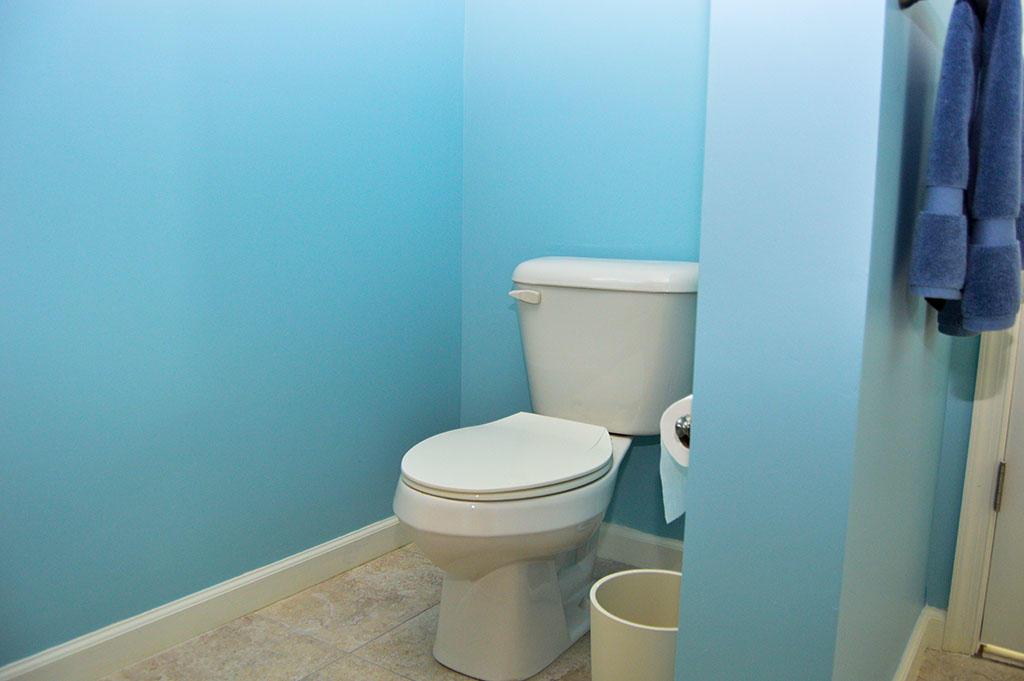 Harbour Island View 203 - Master Bathroom
