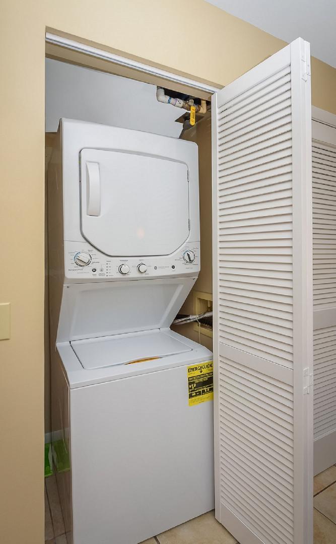 Raffles 328 Laundry Area