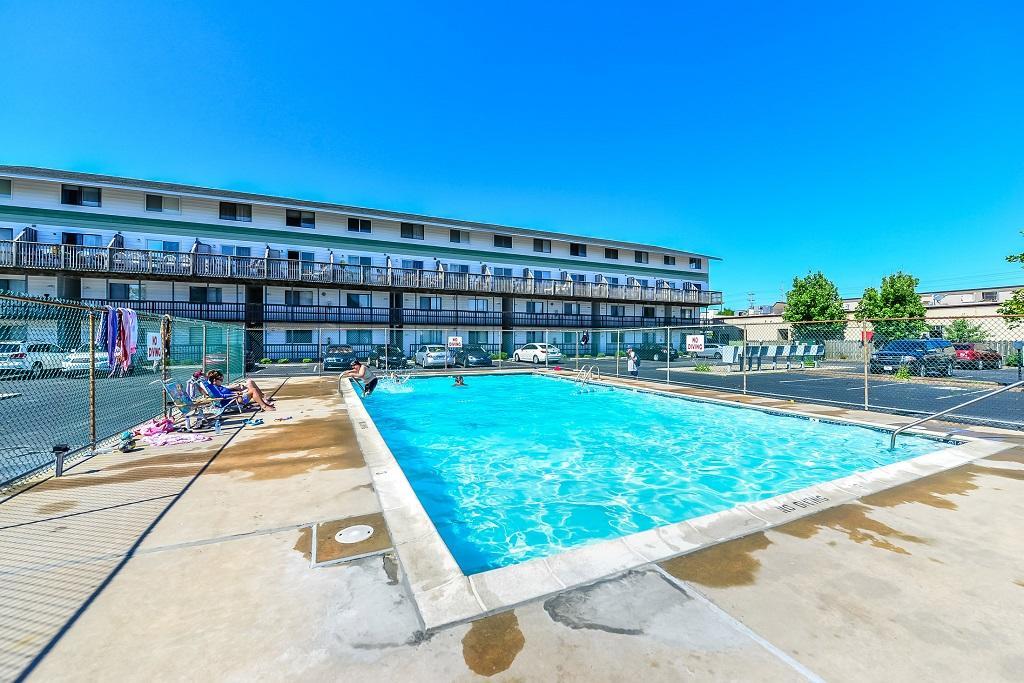 Raffles 328 Complex Pool