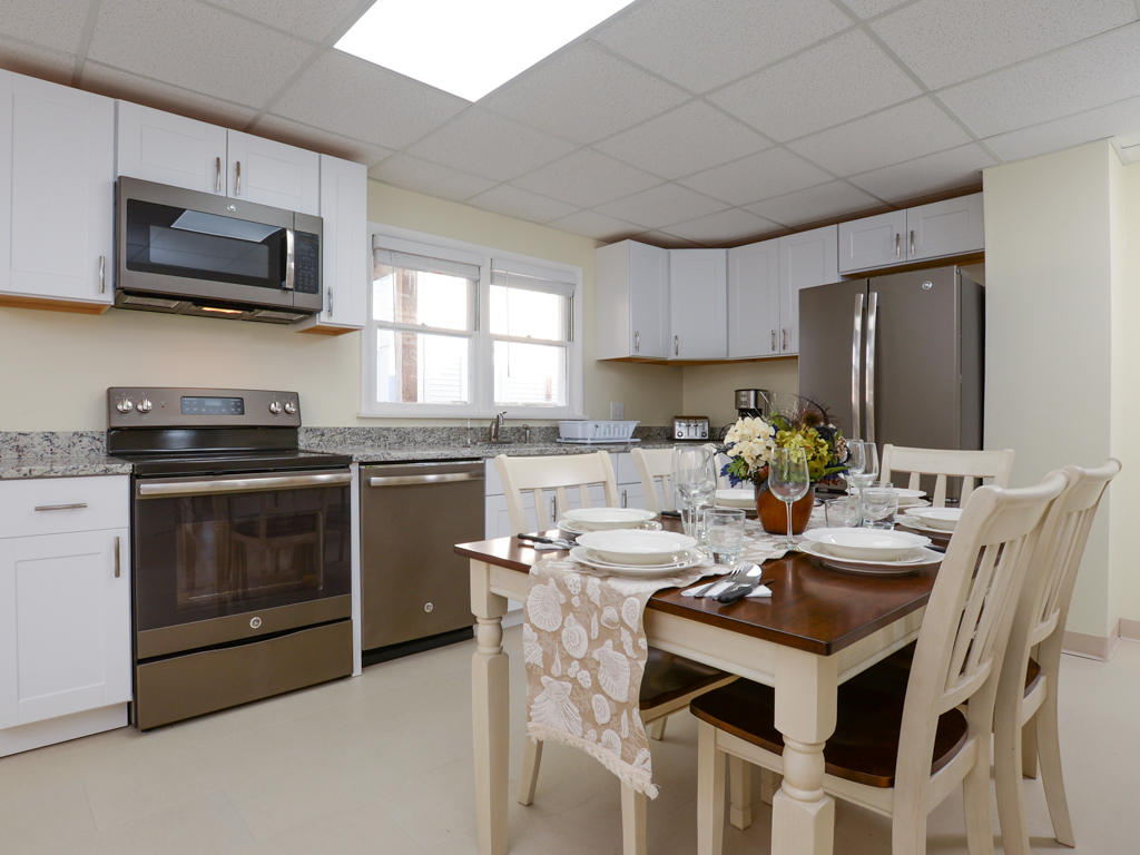 Wellington One, 1 - Kitchen and Dining Area
